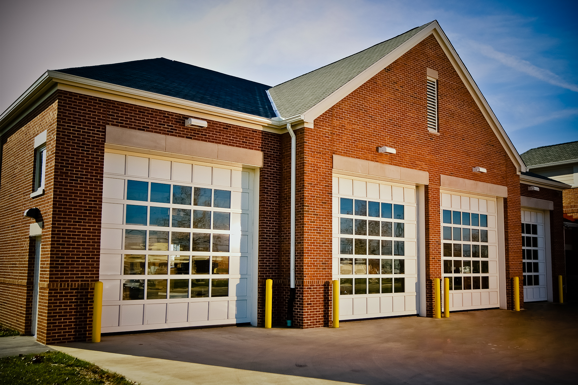 1334 #A55E26 Gfx/products/000117/ DSF0183 Edit.jpg pic Residential Garage Doors Direct 38212000
