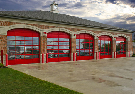 Clopay architectural series 900 series for Architectural garage doors